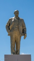 Памятник В.И. Ленину в п. Новоорск